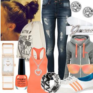 Outfit Bequemes Outfit für Zuhause/ Schule/ Gammeln/ was auch immer  von Lisa Bunzel