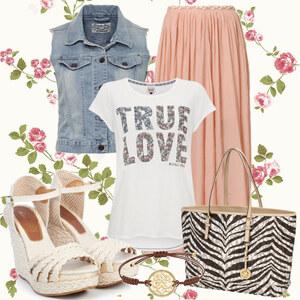 Outfit True Love von Elena Tsch
