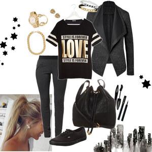 Outfit black&gold von Natalie