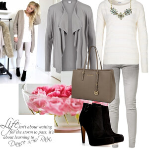 Outfit grey von Claudia Giese
