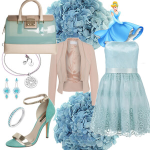 Outfit helblau von Claudia Giese