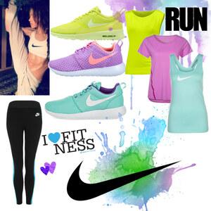 Outfit Nike - Fitness  von Julia de Nys