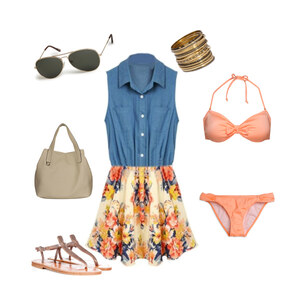 Outfit ... day on the beach  von Annika Emma Arnold