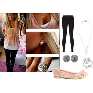Outfit Spitze rosa  von Emelie