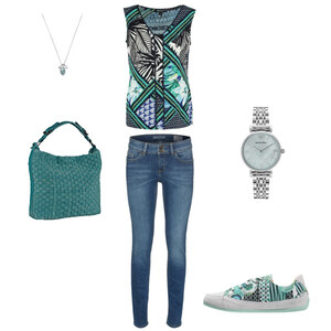 Outfit patterned blouse with jeans von Krista - Fashion Blogger Domodi