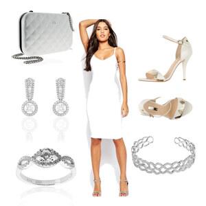 Tenue tenue blanche pour des occasions spéciales  sur Nirina.A