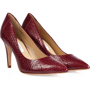 Diane von Furstenberg Snakeskin Pumps in Deep Cherry Shiny