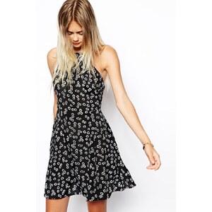 ASOS - Hochgeschlossenes Sommerkleid mit Gänseblümchenmuster - Druck