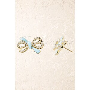 From Paris with Love! Bow for me! Sea Blue Little Pearl Bow Earstuds Gold