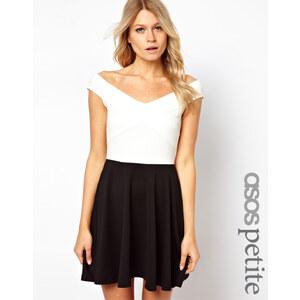 ASOS PETITE – Schulterfreies Skaterkleid in Schwarz-Weiß