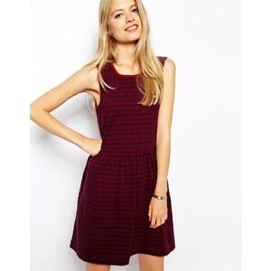 Jack Wills - Strukturiertes Kleid mit Streifen