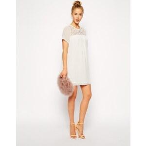 ASOS - Ausgestelltes Kleid mit Spitzeneinsätzen - Cremeweiß
