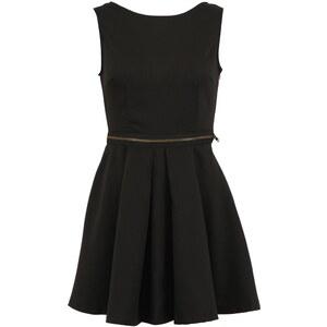 Černé šaty AX Paris Skater Dress