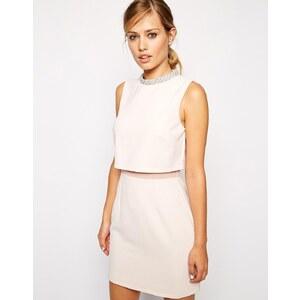 ASOS - Kleid mit verziertem Stehkragen - Nude 15,99 €