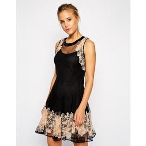 ASOS - Verziertes Kleid mit Spitze - Schwarz