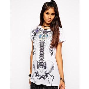 ASOS - Halloween-T-Shirt mit strassverziertem Skelett-Print - Weiß