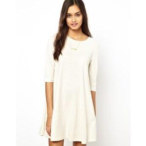 Glamorous – Ausgestelltes Kleid aus geflecktem Jersey