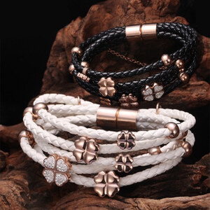 Lesara Magnetarmband mit Kleeblattanhänger - Weiß