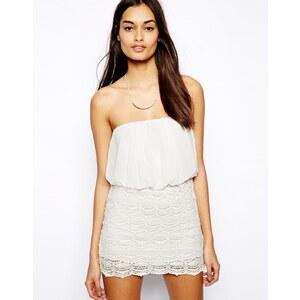 Club L - Bandeau-Kleid mit Spitzenrock - Weiß