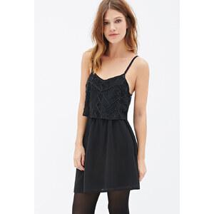 FOREVER21 Gestuftes Kleid mit Paillettenverzierung