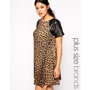 Club L - Weites Kleid mit Leopardenprint in Plusgrösse mit PU Ärmeln - Leopard