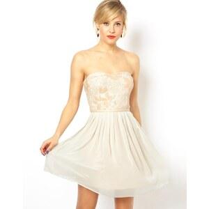 ASOS - Skater-Kleid im Bandeau-Stil mit Blumenmuster - Peach