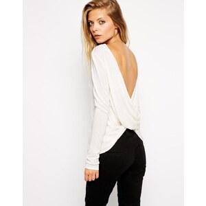 ASOS - Pullover mit verdrehtem Rückendesign