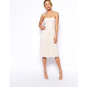 ASOS - Knielanges, trägerloses Kleid aus Spitze - Cremeweiß