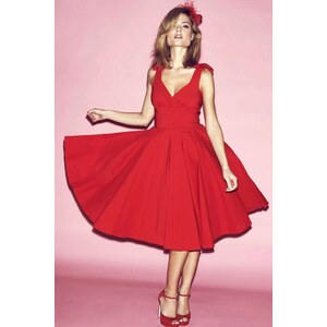The Pretty Dress Company 50s Ascot Classic Swing Dress in Red