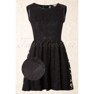 Yumi The 60s Tribal Lace Dress in Black