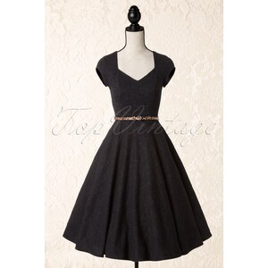 Lindy Bop 50s Victoria Stunning Sweetheart Swing Dress in Black