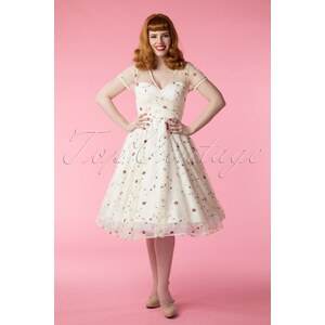 Collectif Clothing 50s Nina Floral Swing Dress in Ivory