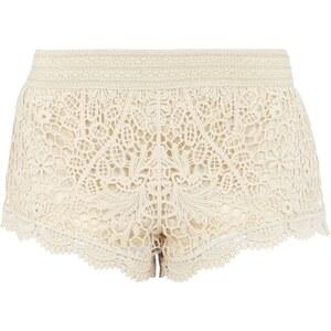REVIEW Shorts aus Häkelspitze
