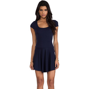 Alice + Olivia Rylie Fit and Flare Short Sleeve Dress in Navy