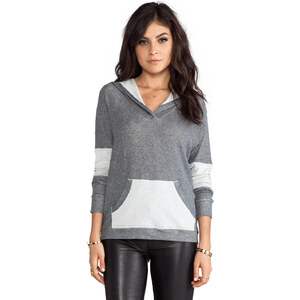 Feel the Piece Bario Top in Gray
