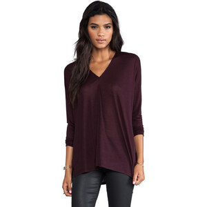 Vince Long Sleeved Double Vee Tee in Wine