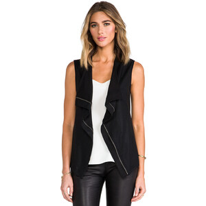 krisa Coated Vest in Black