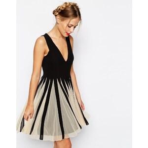 ASOS - Mini robe évasée à encolure en V et empiècements en tulle - Bleu
