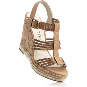 BODYFLIRT Les sandales compensées marron avec 12 cm talon compenséchaussures & accessoires - bonprix