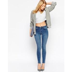 ASOS - Sculpt Me - Hochwertige Jeans in mittelblauer Mercy-Waschung - Blau