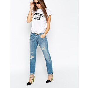 ASOS - Brady - Zerschlissene, schmal geschnittene Boyfriend-Jeans in mittlerer Miles-Waschung - mittelblaue Waschung