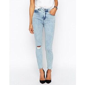 ASOS - Ridley - Skinny-Jeans mit hoher Leibhöhe in Peta-Waschung und zerrissenem Knie - Peta-Waschung