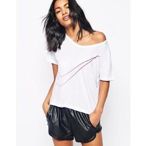 Nike - Swoosh - T-Shirt