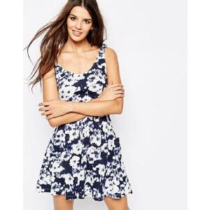 Only - Kurzes Jerseykleid mit Blumenmuster - Mehrfarbig