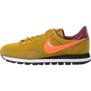 Nike Sportswear AIR PEGASUS ´83 Sneaker bronzine/hot lava/villain red/black