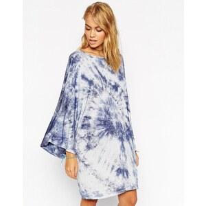 ASOS - Kleid mit Kimonoärmeln und Farbverlauf - Blau