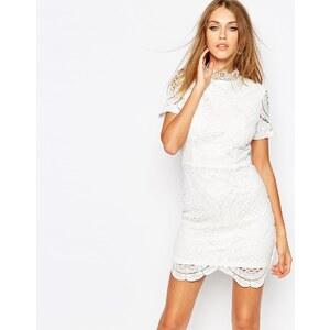 Missguided - Hochwertiges Kleid mit Muschelspitze in Weiß - Weiß