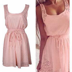 Lesara Kleid mit Lochmuster - Rosé - S