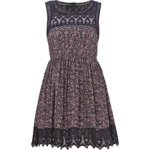 REVIEW Kleid mit Häkelspitze und ausschwingendem Rockteil