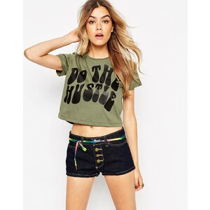 ASOS - Kurzes T-Shirt mit Do the Hustle-Print - Khaki